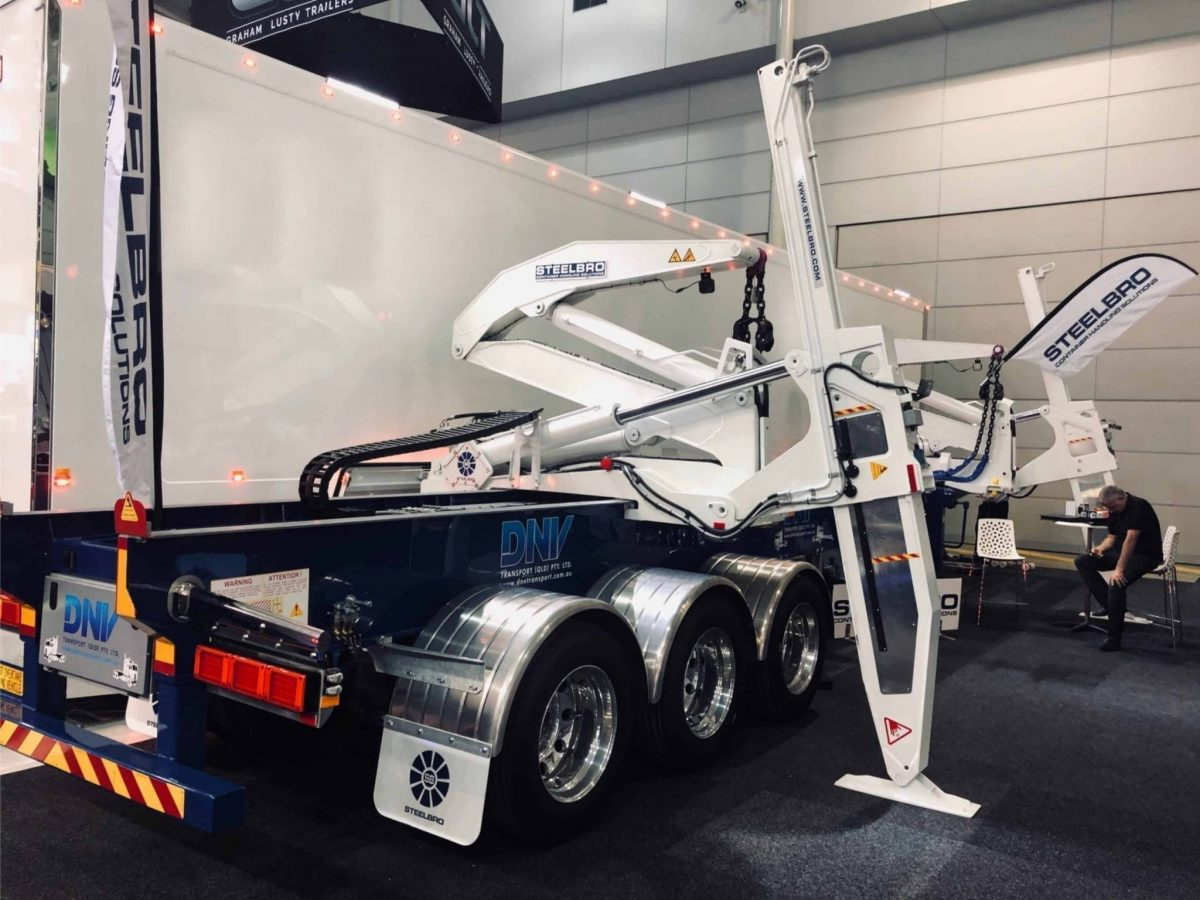 Steelbro Unveils Its Latest Ground-breaking Sidelifter at Show